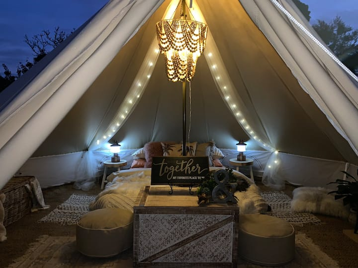 """Glamping on the Green"" at ""A Place to call Home"":"
