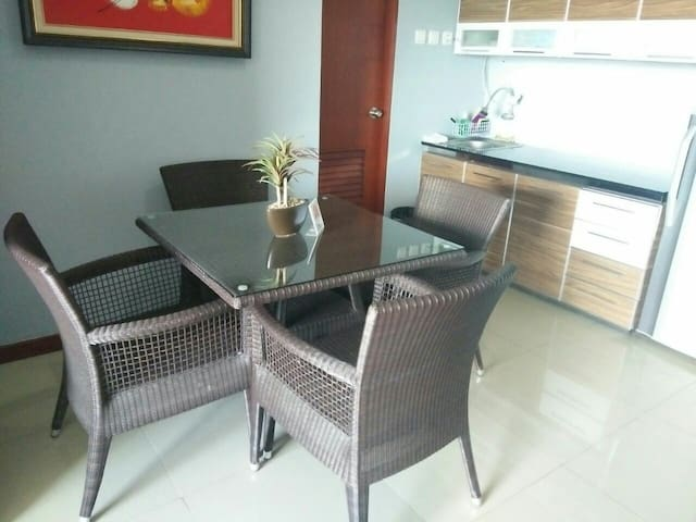 Cangkuang Room - The Satu Stay Apartement Bandung - Cimenyan - Daire