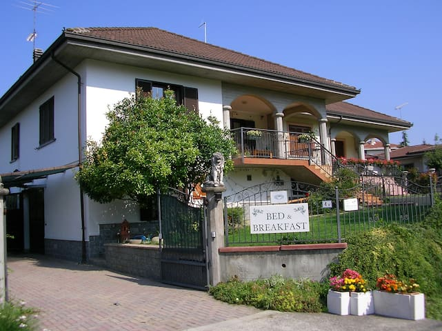 bed and breakfast Villa Romaniani - Villaromagnano