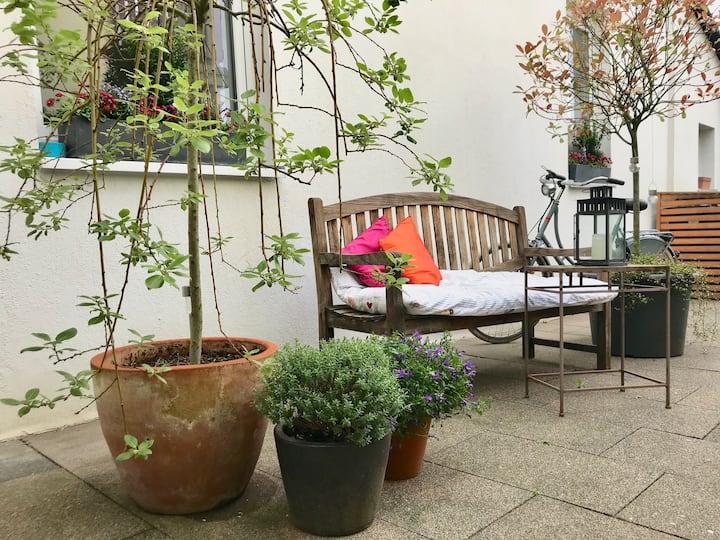 Altbauwohnung mit Hinterhof-Charme