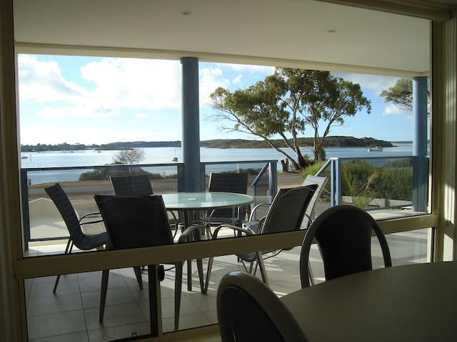 Ambience Apartment Coffin Bay Apartment 2