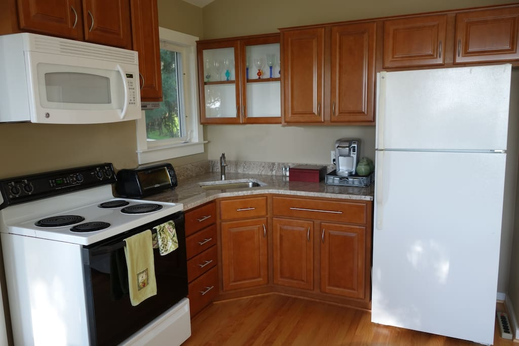 New cabinets, granite countertops, Keurig coffee machine