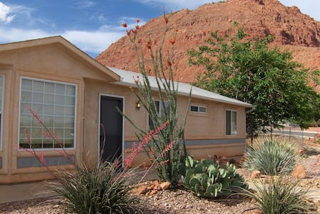 Ivins Red Mtn Views Vacation House - Casa