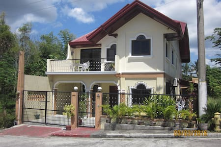 Your home away from home! - Taal