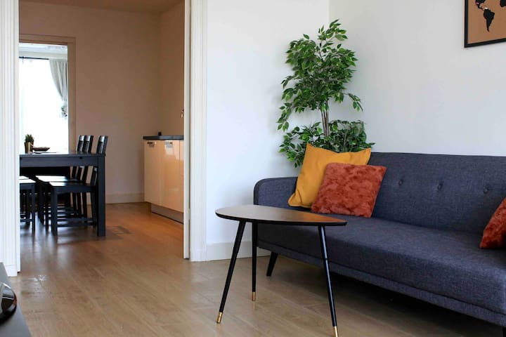 Comfortable & Clean room in historic City Center