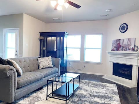 Charming home⭐️20minuets to Downtown,Med Center,NRG
