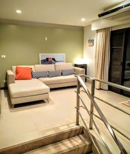 Pongo! A Peaceful Multicolors Space - Sukhumvit 24 - Apartment