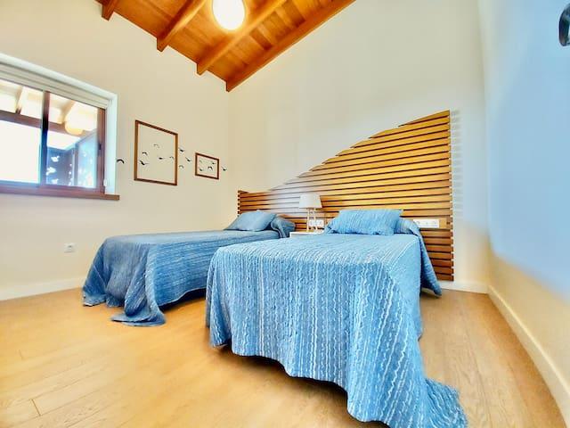 SEA VIEWS THIRD BEDROOM