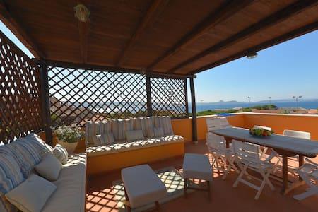Appartamento 150mt dal Mare - Baja Sardinia
