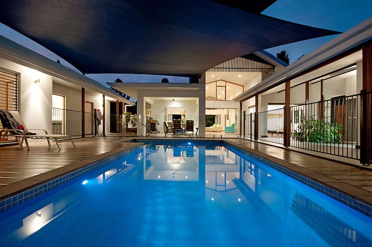 Great Barrier Reef Beach House
