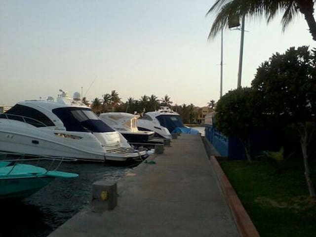 Private marina with room up to 50 feet long boats