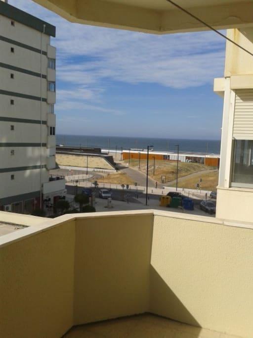 l'océan atlantique vue du balcon