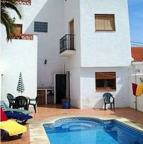 Luxe holiday house-airco-Wi-Fi-pool - Acequias