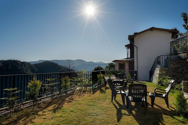 Private Villa w/ 2BR+Chef+BBQ+Bonfire@Mukhteshwar