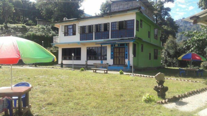 Khi gha thang village resort. - Pelling - Huis