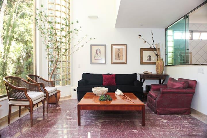 LOVELY HOUSE near everything!! - Brasilia - House
