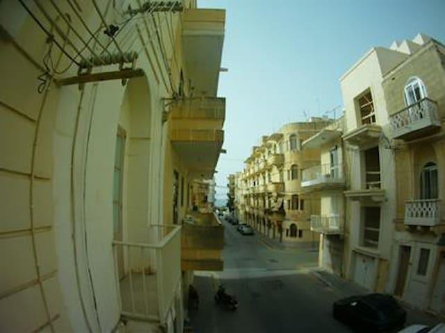 Apartament Marsalforn - Iż-Żebbuġ - Apartment