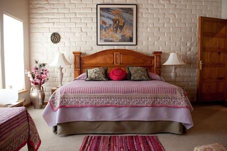 Red Rock Ranch Asrama, VIP Room - Cornville - Casa