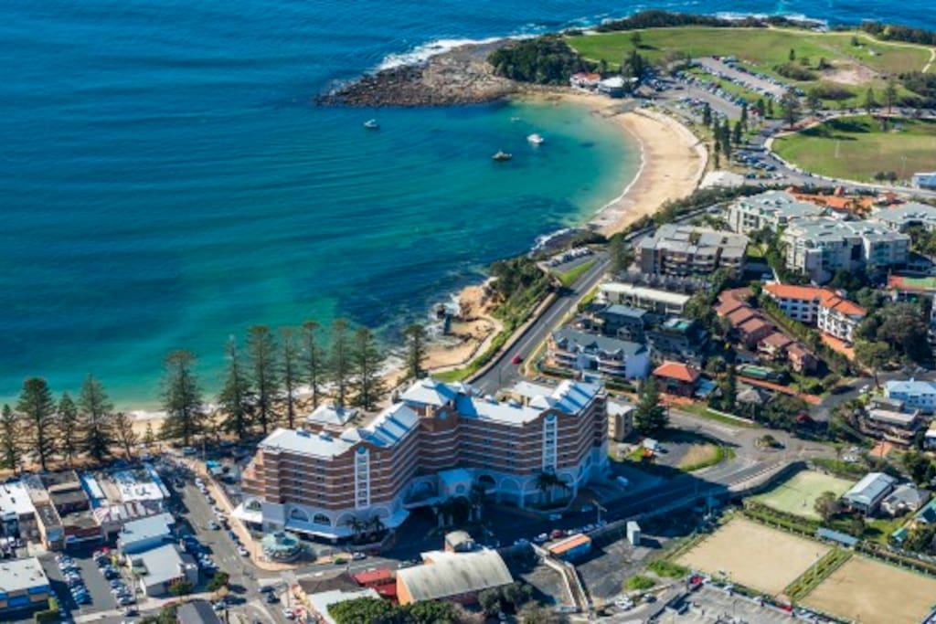 Perfect location being a 10 minute stroll to Terrigal's iconic beach, shops and restaurants