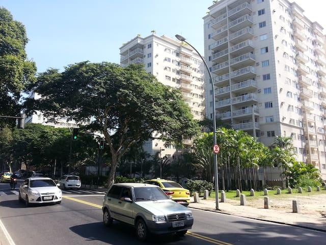 Apartment near the Maracana stadium