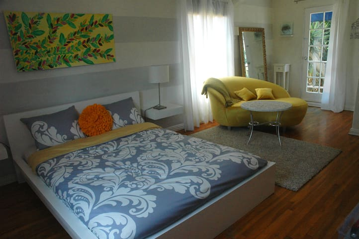 Sunset room in Los Feliz  - Los Angeles - Bed & Breakfast
