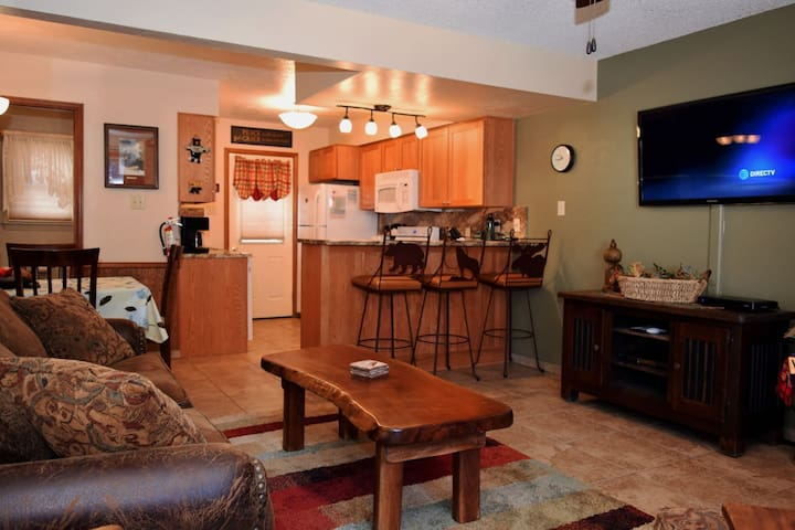 Grandview_Townhouse_09 - Red River - Apartment