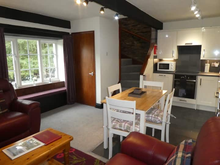 Dipper Cottage on Coniston Water, pet friendly