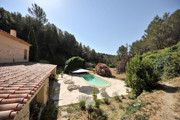 Beutiful provencal villa with swimming pool - Marseille