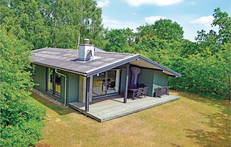 Holiday cottage with 3 bedrooms on 79m² in Nørre Nebel