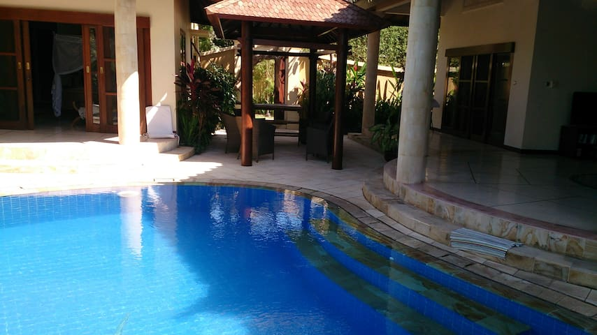 Luxury 3 bedroom villa in sanur - South Denpasar - Vila