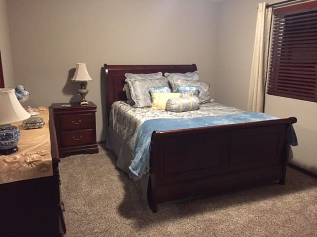Lincoln Home with Amenities