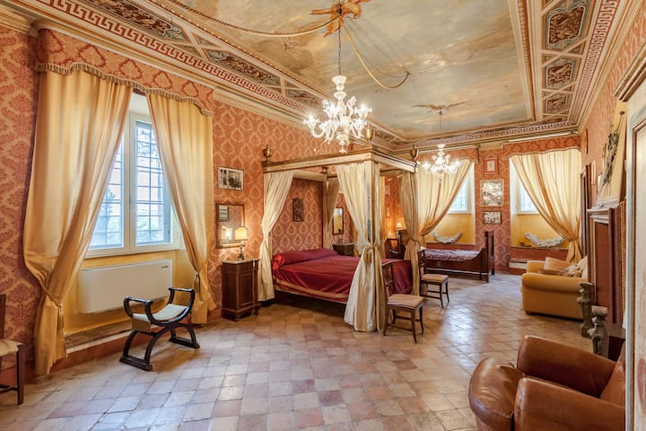 Churchill Suite