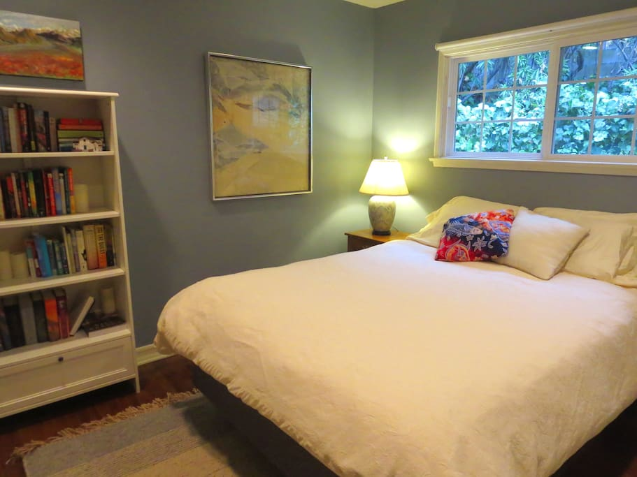 One of two bedrooms with queen size bed