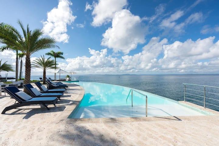Samana Luxe, Modern Sea Front Villa - Puerto Bahia