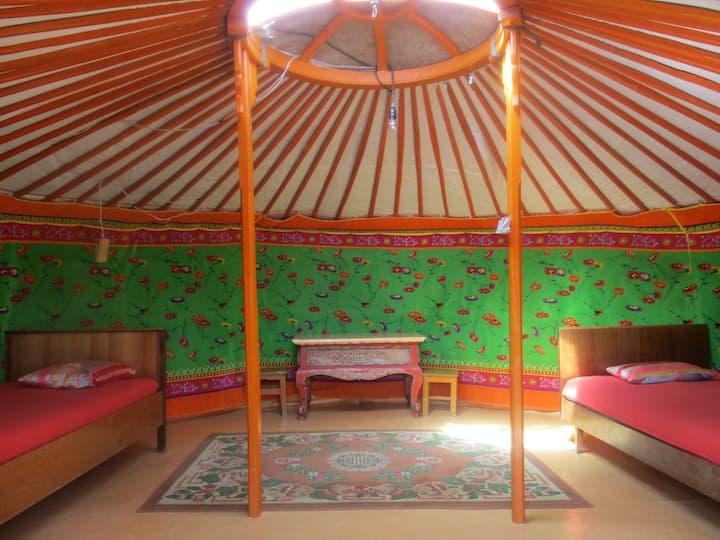 Gaya's guesthouse Ger 1