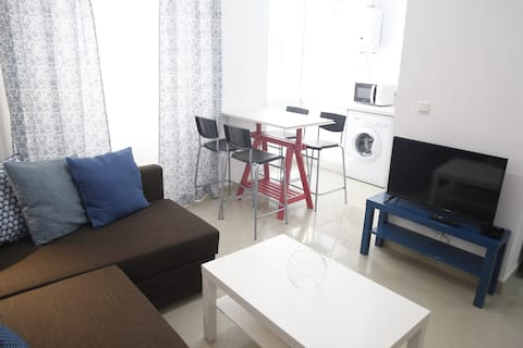 FANTASTIC FURNISHED FLAT NEAR THE BEACH!