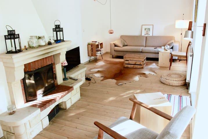 Charming Villa mit Lakeview - Buckow (Märkische Schweiz) - Casa de campo