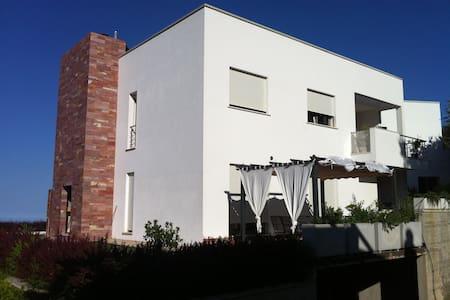 Villa privata con piscina  - Lanusei - Vila