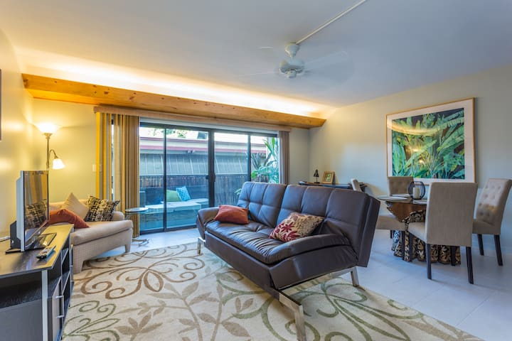 Downtown Kona Plaza Gem - Kailua-Kona - Apartment