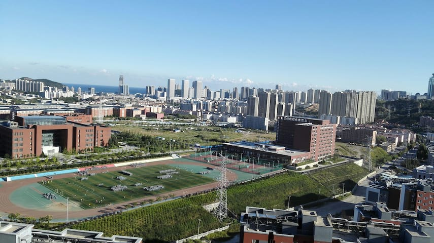 高档小区临近理工海事万达广场距星海10分钟Great location - Dalian - Apartament
