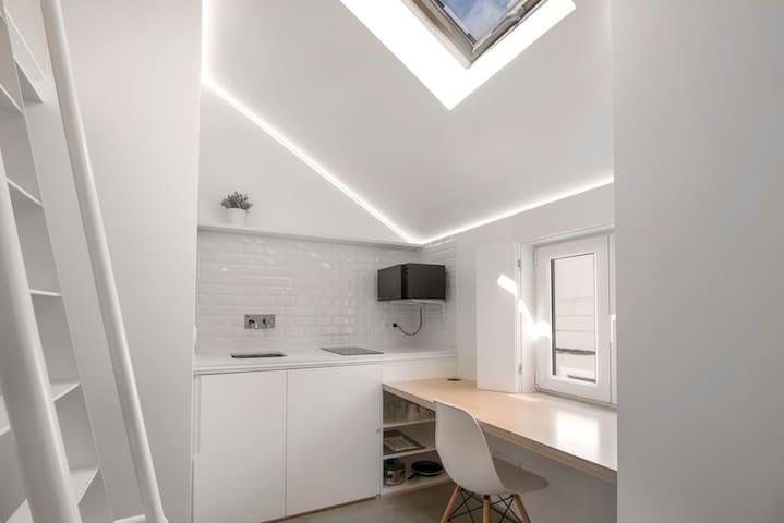 Style, privacy & comfort - Master Studio