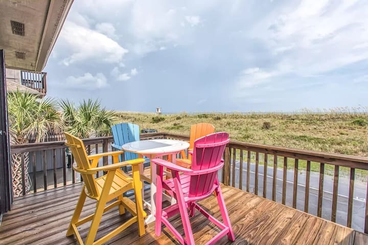 Rest Ashored-Newly Renovated OceanfrontTownhome Is Ready For Your Next Escape!!
