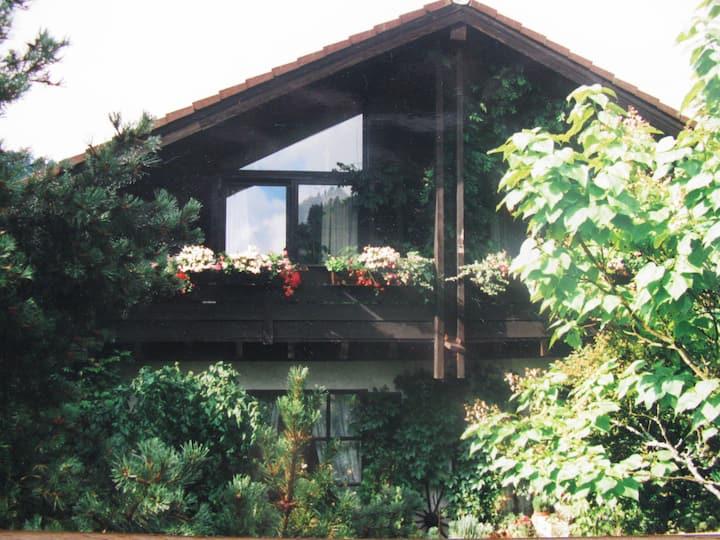 Romantisches Haus in historischer Fachwerkstadt