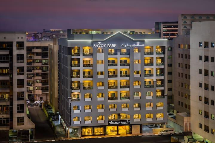 Modern Studio Rooms By Savoy park Hotel Apt Dubai