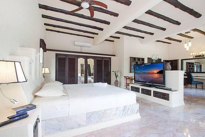 THTHHPAT424- 5 Bedroom amazing villa with superb - Muang Pattaya - Villa
