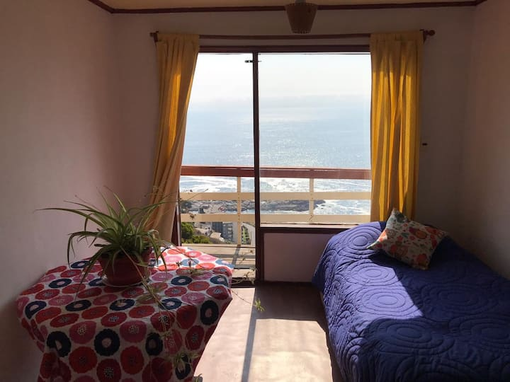 Cabaña Rústica vista al Mar