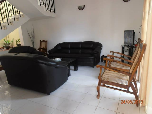 Holiday House Sri Lanka (ForeignTourists only) - Colombo - Dům