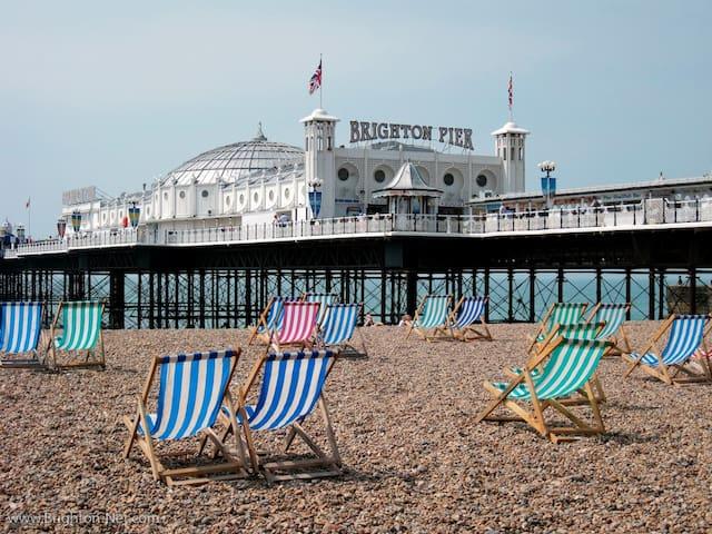 Large, stylish, gf room, Brighton seafront