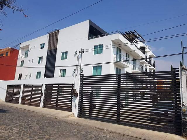 Habitación cerca del INSP, UNAM, UAEM.