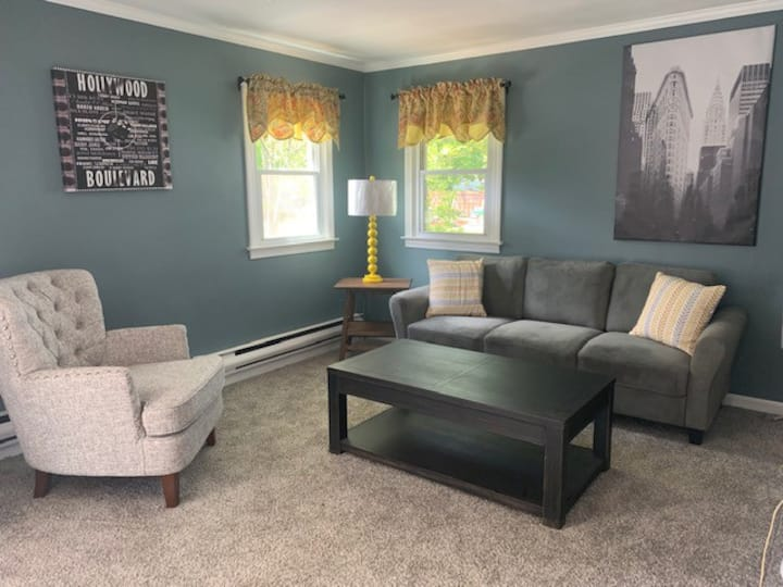 New 1BR close to everything